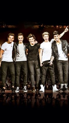 """Makeup by One Direction ~ The Looks Collection & """"Where We Are"""" Tour Concert Tickets At Gilette Stadium Foxborough, MA August 2014 ~ Giveaway"""