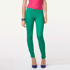 2012 Autumn Mid Waist Pockets Cotton Skinny Pants only $24.99 at http://www.wendybox.com/goods-4874-2012+Autumn+Mid+Waist+Pockets+Cotton+Skinny+Pants.html