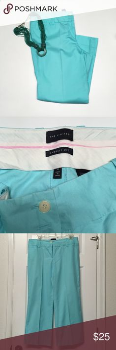 The Limited Capri Pants Gorgeous The Limited Classy Fit Capri Pants!!Laid flat 16.5 across the waist 24.5 inseam 97% cotton 3% spandex EUC The Limited Pants Ankle & Cropped