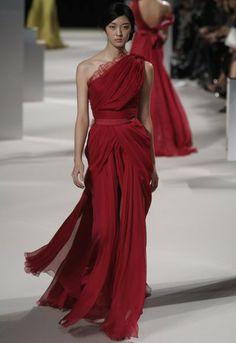 Elie Saab Spring Couture 2011 - Slideshow