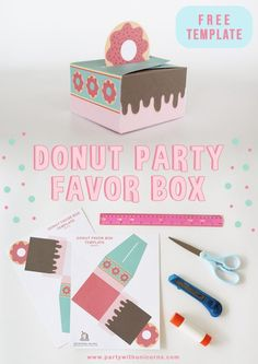 Free Printable Donut Favor Box for you to use at your Donut Party or to give someone special a sweet treat. Girls Birthday Party Games, Donut Birthday Parties, Birthday Activities, Birthday Favors, Party Favors, Shower Favors, Shower Invitations, Girl Birthday, Birthday Ideas