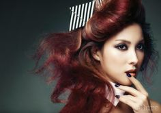 Gyuri and Seungyeon KARA - Allure Magazine February Issue 2014
