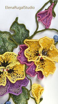 Freeform Crochet, Crochet Art, Crochet Flowers, Russian Crochet, Irish Crochet, Crochet Stitches Patterns, Crochet Designs, Crochet Clutch Bags, Irish Lace