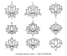 Simple Lotus Flower Tattoo, Lotus Flower Tattoo Design, Lotus Mandala Design, Lotus Mandala Tattoo, Mandala Flower Tattoos, Lotus Flower Mandala, Lotus Design, Mini Tattoos, Body Art Tattoos