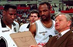 «Ο ΠΑΟΚ άξιζε τον τίτλο το '93»  ΝΤΟΥΝΤΑ ΜΠΑΡΛΟΟΥ ΛΕΒΙΝΓΚΣΤΟΝ