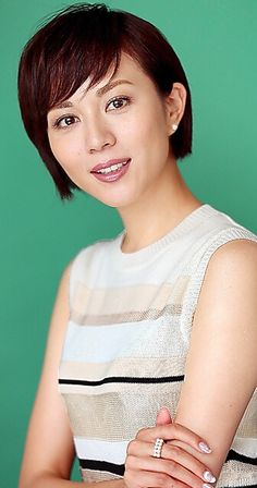 Japanese Beauty, Cute Hairstyles, Pretty Girls, Actresses, Actors, Face, Photography, Beautiful, Female Actresses