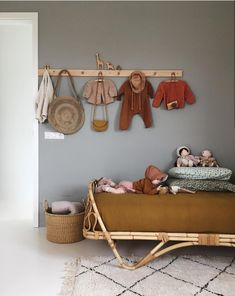 Yellow Baby Room: Awesome Models and Tips! Baby Bedroom, Nursery Room, Girls Bedroom, Bedroom Decor, Bedroom Ideas, Child's Room, Bedroom Vintage, Shared Bedrooms, Little Girl Rooms