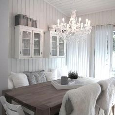 Kitchen - like the cabines and boxes on top ^_^ Gray Interior, Interior Design, Appartement Design, White Rooms, Apartment Living, Home Decor Inspiration, Home Fashion, Home And Living, Shabby