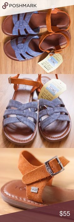 TOMS Zoe Chambray size 8 sandals TOMS Zoe Chambray size 8 sandals - NEW in box with tags!! Oh! So adorable and perfect for spring and summer! TOMS Shoes Sandals