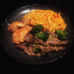 Honey garlic ginger chicken  Beef and broccoli Vegetable lo mein