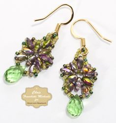Free beadwork tutorial: Beaded Earrings With Superduos and Briolettes