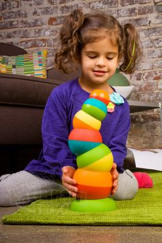 An innovative new play dynamic with endless possibilities. Stack and topple a Tobbles tower. Spin and balance the vibrant spheres. Wobble, tilt and wiggle the colorful pieces. Tobbles accelerate your aptitude for fun!