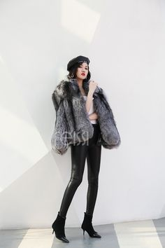 Sumptuous Fox fur jacket, features its shining fur, which is soft and supple, with natural rich gradient color, brings a particular gorgeous appearence. Fox Fur Jacket, Fox Fur Coat, Furry Girls, Sheep Leather, Japanese Beauty, Gradient Color, Furs, Fur Trim