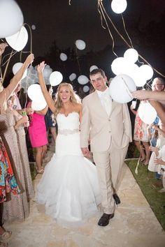 32 Wedding Grand Exits Toss Item Ideas