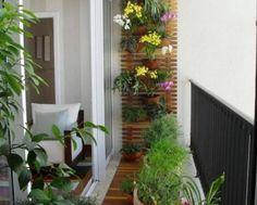 Como decorar con flores y plantas el balcon