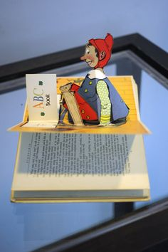 Pop-up books become newest #FAU library collection