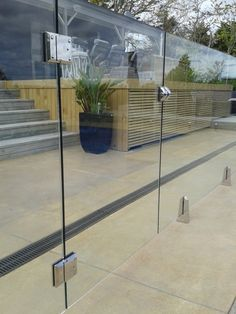 Glass Pool Fencing, Glass Fence, Pool Fence, Glass Door, Pool Gates, Balcony Glass Design, Balcony Railing Design, Fence Design, Balustrade Design
