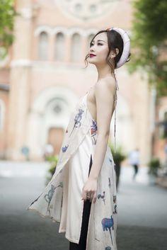 [Thế Giới Sao] Hà Thúy Anh quyến rũ với áo dài gấm - KÊNH PHỤ NỮ | THỜI TRANG | LÀM ĐẸPKÊNH PHỤ NỮ | THỜI TRANG | LÀM ĐẸP