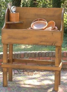 Rustic Country Prim Potter's Dry Sink from Granny Jane's Wood Shed-Made in the USA - Potter's bench…if only we gardened! Primitive Wood Crafts, Primitive Furniture, Primitive Antiques, Country Furniture, Country Primitive, Primitive Tables, Farmhouse Furniture, Prim Decor, Country Decor