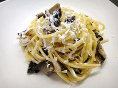 Linguine with shitake, portabello mushrooms, garlic, shallot, white wine, broth, black truffle salt, ground smoked pepper, mint and ricotta salata