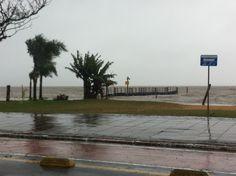 Dia de chuva em Porto Alegre. 2013.