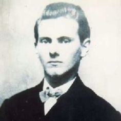 Jesse James (September 1847 — April was an American outlaw, gang leader, bank robber, train robber, and murderer from the state of Missouri and the most famous member of the James-Younger Gang. Jesse James, Frank James, American Civil War, American History, Kim Jong Un, Wild West Outlaws, Famous Outlaws, Westerns, Saloon