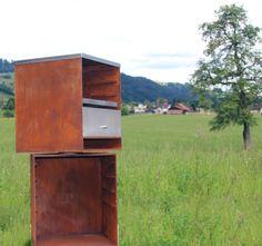 Konfigurierbare Tische,Sitzbänke, Stühle inspiriert durch die Industriegeschichte. Filing Cabinet, Grilling, Storage, Furniture, Home Decor, Tables, History, Purse Storage, Decoration Home