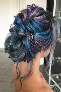 Women's Hairstyles : Picture Description 30 Great Hair Updos for Christmas ★ Colorful Updo Hairstyles for Winter Holidays Picture 4 ★ See more: Hair Color Purple, Hair Dye Colors, Cool Hair Color, Peekaboo Hair Colors, Winter Hairstyles, Pretty Hairstyles, Braided Hairstyles, Christmas Hairstyles, 40s Hairstyles