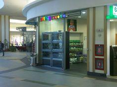 Pet Mag din Polus Center Cluj, magazin de tip pet shop cu o suprafata de desfacere de aproximativ 60 mp, foloseste o solutie integrata cu vanzare prin SmartCash POS. http://www.magister.ro/portfolio/pet-mag-polus-center-cluj #retail