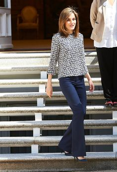 Queen Letizia and King Felipe met with the members of the Committee of UWC