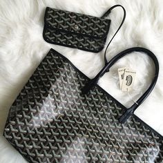 Goyard St. Louis tote in classic black Chevron. IG pic by @missjesf