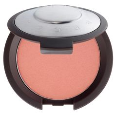 What it is:A delicate powder blush in a range of colors that range from soft and subtle to bold and poppy.  What it does: Create your perfect cheeks with this effortlessly buildable formula. Infused with antioxidant vitamins for all skin types, eve
