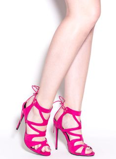 b20d255d9825 The hottest shoes for fall and winter are at GoJane. Find style trends like pointed  toe pumps