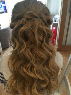 Bridal twists. Loose waves. Boho bride hippybride. Hair by Tracy Mead