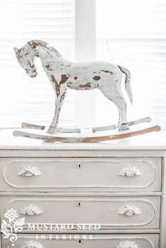 The horse. It's about the #vintagerockinghorse #mmsmp