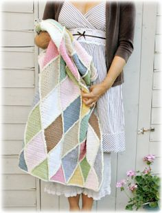 unusual pattern & v effective - I'd like to try! From Coco Rose Diaries blog A Round Up of Yearly Makes.......