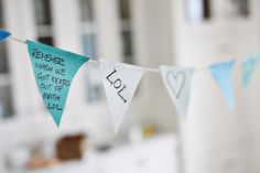 How to: Create Party Bunting with Post-it® Notes