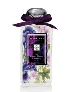 Jo Malone Iris & Lady Moore Perfume - The Perfume Girl. Fragrances and colognes from fashion houses and perfume designers. Scent resources, perfume database, and campaign ad photos. Perfume Packaging, Beauty Packaging, Cosmetic Packaging, Fragrance Parfum, New Fragrances, Parfum Chic, Iris, Beautiful Perfume, Jo Malone