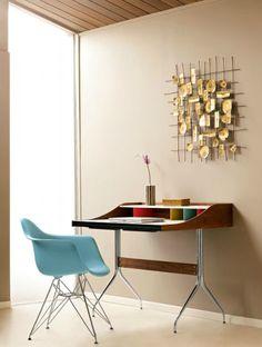 Home Desk Sekretär von George Nelson für Vitra. Eleganter kann Arbeiten nicht…