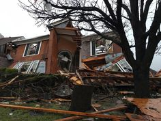 At least 11 die from Texas tornadoes, 13 in Midwest flooding Tornado Map, Tornado Damage, Tornados, 10 Day Weather Forecast, National Weather Service, 13 In, The Weather Channel, Extreme Weather, Missouri
