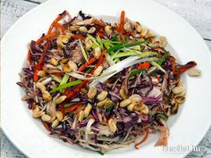 Kung Pao Chicken, Japchae, Vegan Vegetarian, Ethnic Recipes, Food, Dinner Ideas, Essen, Yemek, Meals