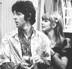 Photo of Paul McCartney & Jane Asher for fans of The Beatles.