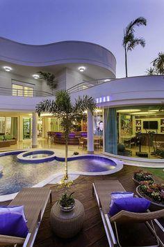 Luxury Homes: Mansions . Dream Home Design, Modern House Design, Dream Mansion, Luxury Homes Dream Houses, Modern Mansion, Dream House Exterior, House Goals, Dream Rooms, Luxury Interior