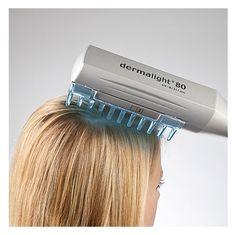 Lampa do leczenia łuszczycy Dermalight 80 to łatwy w obsłudze i czyszczeniu grzebień do domowej terapii skóry głowy i rąk. Urządzenie wyposażone jest w lampy typu UV-B/311 nm, pozwalające wykonywać szeroki zakres działań terapeutycznych pod kątem leczenia łuszczycy i bielactwa. Produkt dostępny na www.OrtoModa.pl