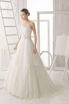 aire barcelona bridal 2014 obsesion one shoulder wedding dress