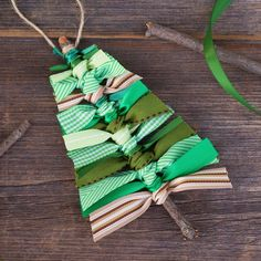 Over 40 of the BEST Homemade Christmas Ornament Ideas Christmas Tree Ribbon Ornaments - DIY Homemade Christmas ornaments Mini Christmas Tree Decorations, Christmas Crafts To Make, Ribbon On Christmas Tree, Noel Christmas, Diy Christmas Ornaments, Ornaments Ideas, Frugal Christmas, Christmas Gifts, Handmade Ornaments