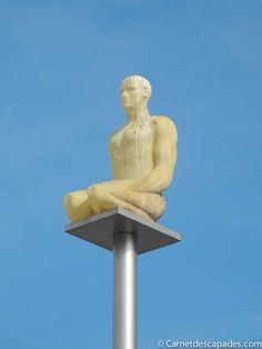 statue-place-massena-nice.jpg (600×800)