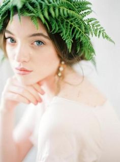 Fern floral crown DIY Tutorial - Wedding Sparrow