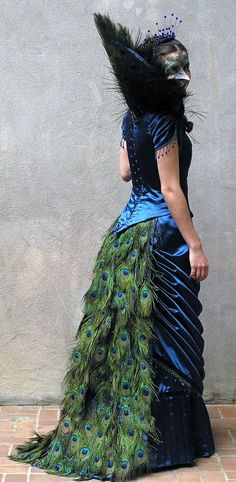 Peacock masquerade gown! Giada would so wear this!!!
