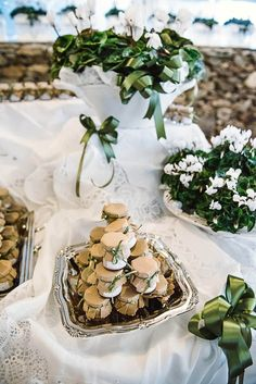 vasetti di marmellata come bomboniere Table Decorations, Party, Packaging, Wedding Ideas, Home Decor, Outdoor, Outdoors, Decoration Home, Room Decor